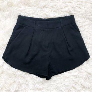 Aritzia Babaton Antoine Black Dress Shorts 00